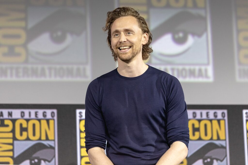 tom hiddleston sdcc 2019