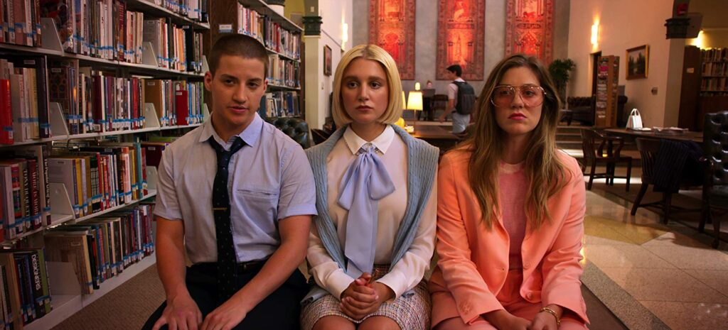 Theo Germaine, Julia Schlaepfer and Laura Dreyfuss in The Politician
